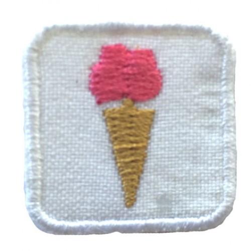 Zmrlina mini nášivka / šírka 2,5 cm x 2,5 cm výška /