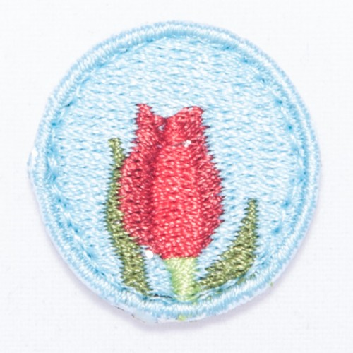 Kvet karafiát nášivka  / šírka 2,5 cm x 2,5 cm výška /