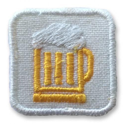 Pivo mini nášivka / šírka 2,5 cm x 2,5 cm výška /